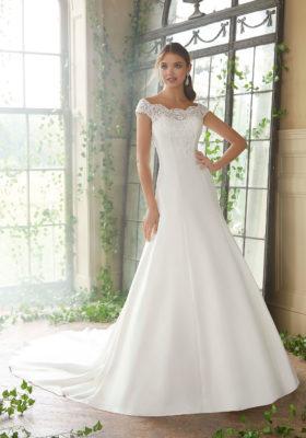 0d5f55d5ba Wedding dress