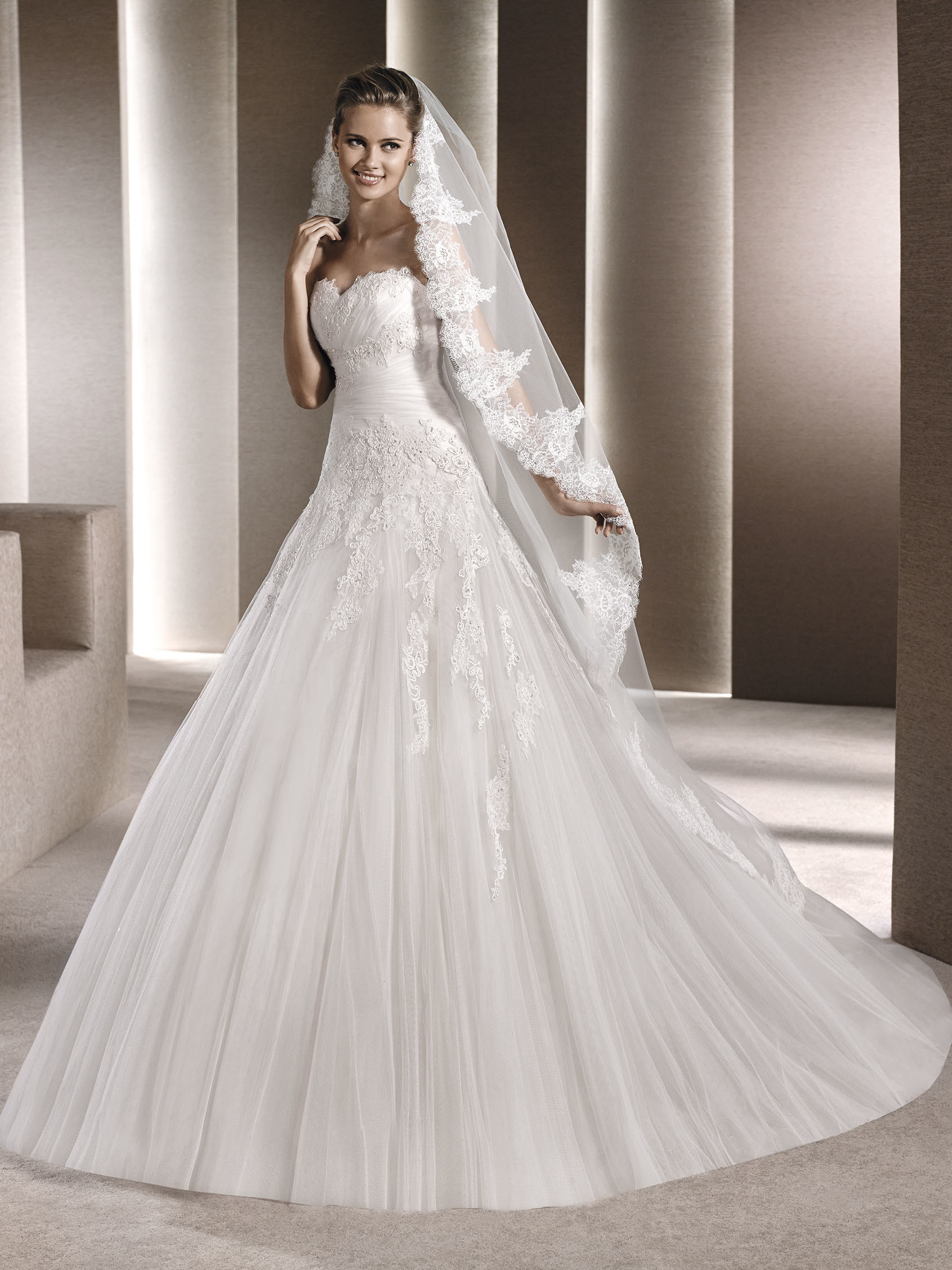 60a5e46f021 New and Used Wedding dress for Sale - OfferUp