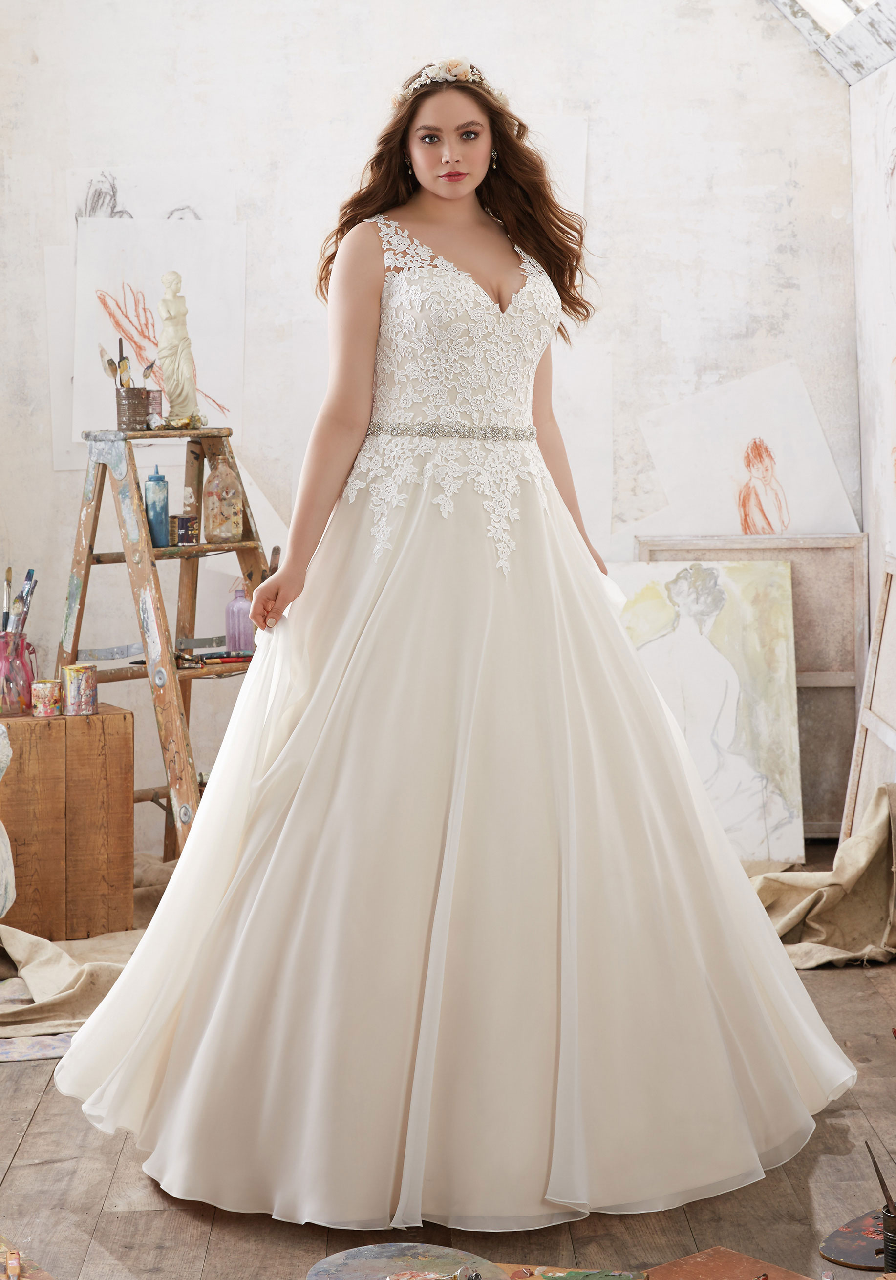 The Most Beautiful Wedding Dress In The Sale: Fitting Appointments To Win!